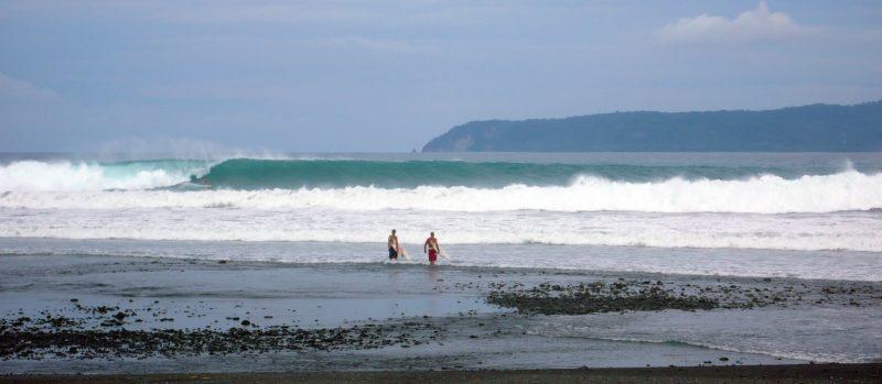 Pavones Surf Properties